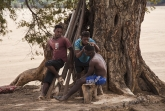 Mladíci u Tsiribihiny