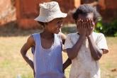 Děti ve vesnici Betafo