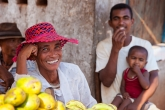 Na trhu ve vesnici Betafo